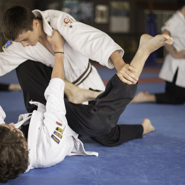 South East Self Defence - Teens Jujitsu Grappling